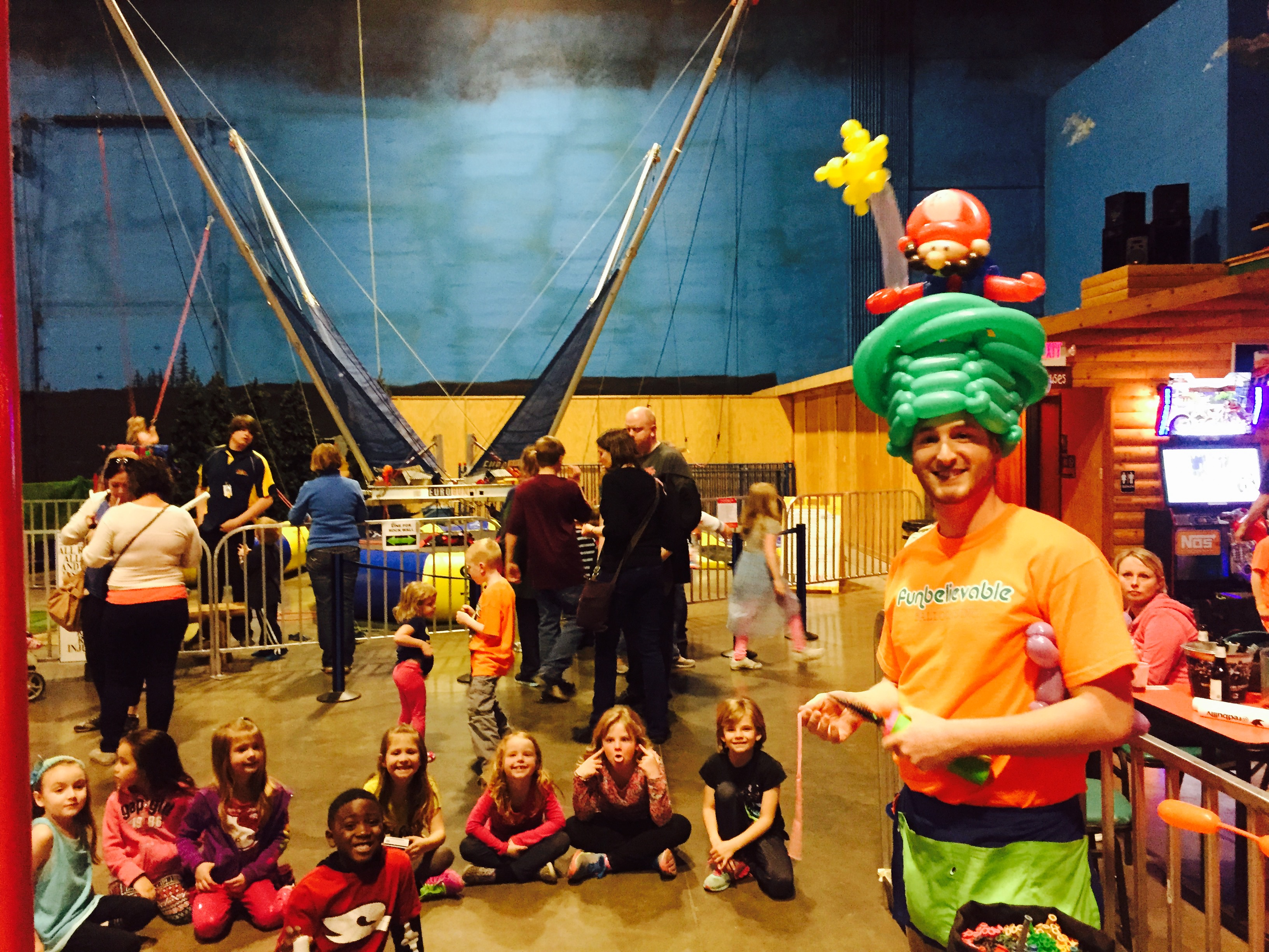 Balloon Twisting public event entertainment denver